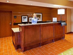 Auburn Hills hotels with restaurants