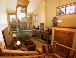 Truckee hotels with restaurants