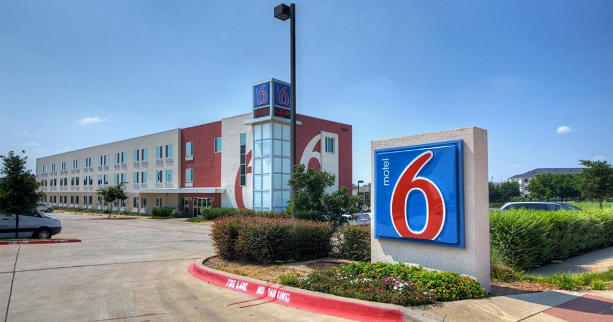 Motel 6 Fort Worth Northlake Speedway