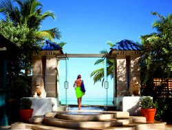 Condado hotels with sea view