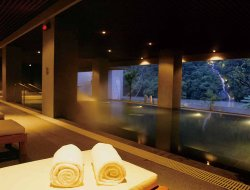 Taiwan hotels with river view