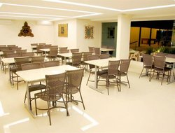 Caldas Novas hotels with restaurants