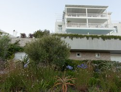Camps Bay hotels with restaurants