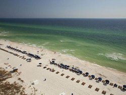 Gulf Resort Beach hotels with restaurants