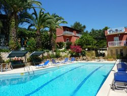Perama hotels with swimming pool