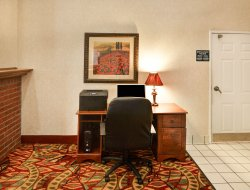 Lewisville hotels for families with children
