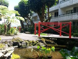 Hilo hotels with restaurants