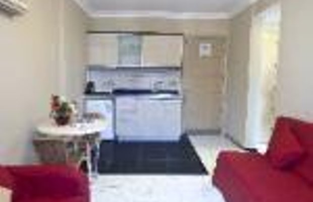 фото Candan Apartments 659047796