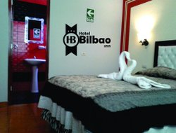 Tacna hotels with restaurants