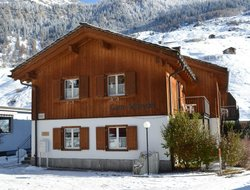 Pets-friendly hotels in Vals