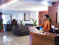 Kannur hotels with restaurants