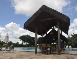 Tibau Do Sul hotels with restaurants