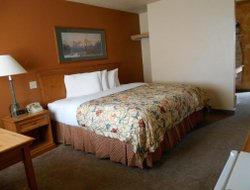 Gunnison hotels with swimming pool