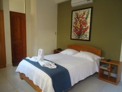 Tarapoto hotels with restaurants