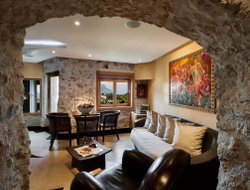 Pets-friendly hotels in Eze