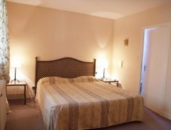 Top-3 romantic Bergerac hotels