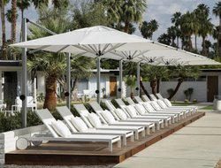 Palm Springs hotels for families with children