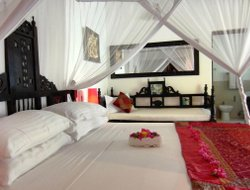 Pwani Mchangani hotels with sea view