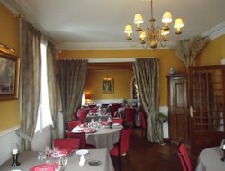 Amboise hotels with restaurants