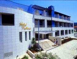 Top-3 hotels in the center of Postira