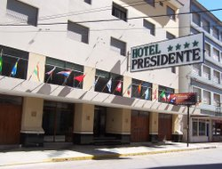 Necochea hotels with restaurants