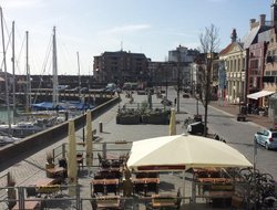 Vlissingen hotels with restaurants
