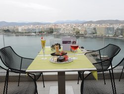 Chalkis hotels with sea view