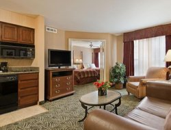 Tukwila hotels for families with children