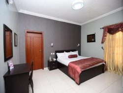 Benin City hotels with swimming pool