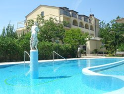 The most popular Sant'Agata sui Due Golfi hotels