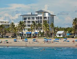 Deerfield Beach hotels with restaurants