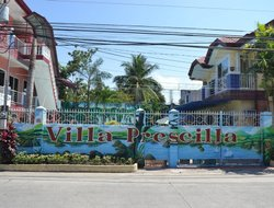 DUMAGUETE hotels with swimming pool