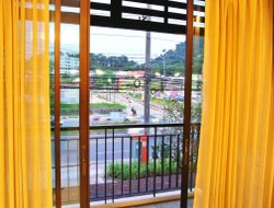 Phuket Town hotels with swimming pool