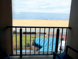 Virginia Beach hotels with swimming pool