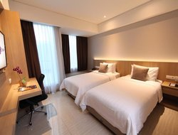 Bandung hotels with restaurants