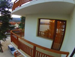 Bulgaria hotels with lake view