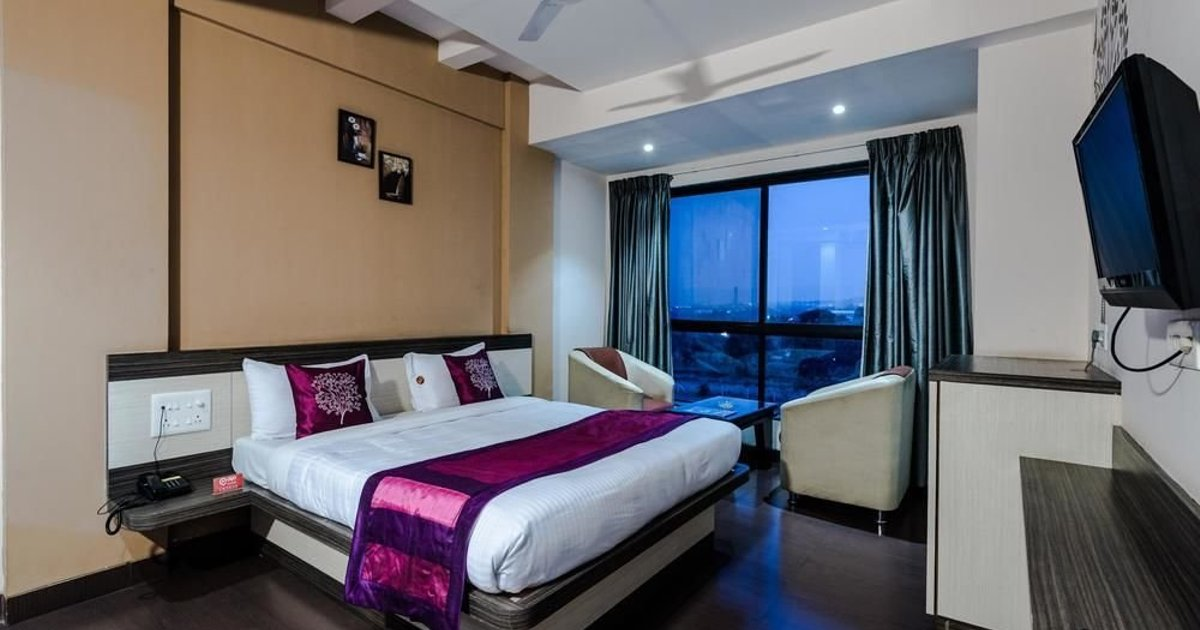 Oyo Rooms Pune Bangalore Highway Sarola