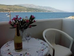 Samos Town hotels with sea view