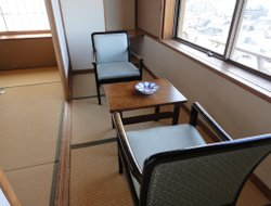 Itsukushima hotels with restaurants