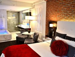 Quebec City hotels with restaurants