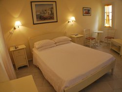 Top-7 romantic Agios Prokopios hotels