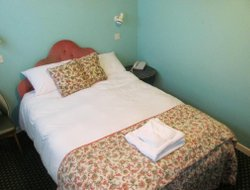 Tenby hotels for families with children
