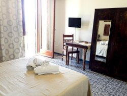 Marsala hotels with restaurants