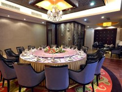 Tongxiang hotels with restaurants