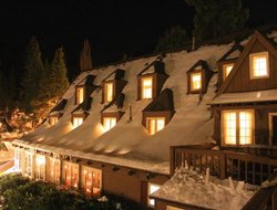 Pets-friendly hotels in Lake Arrowhead