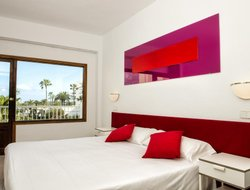 Cala Millor hotels with sea view