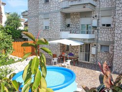 Formia hotels with swimming pool