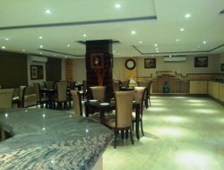 Greater Noida hotels with restaurants
