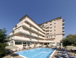 Lido di Savio hotels with swimming pool