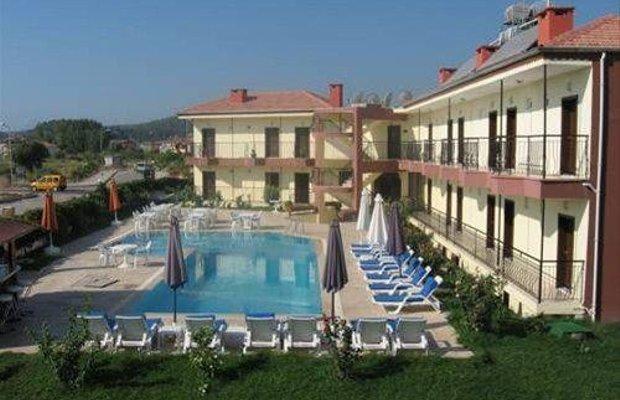 фото Las Palmeras Hotel 667934432